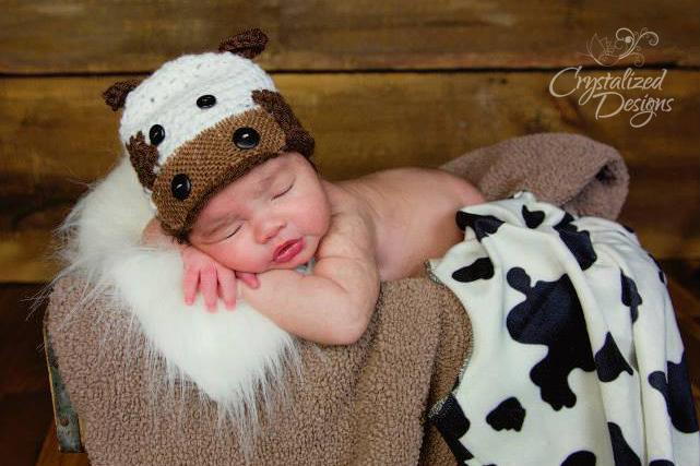 Lil Cow Newborn Beanie Crochet Pattern