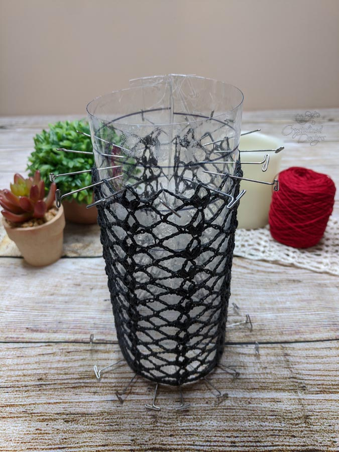 using a candle sleeve form for crocheted piece